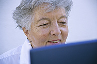 Senior woman using laptop - PEF00320