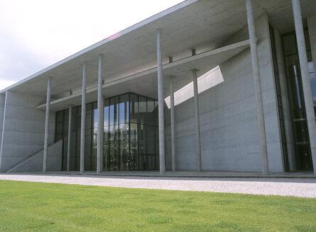 Germany, Bavaria, Munich, Museum Pinakothek der Moderne - PEF00317