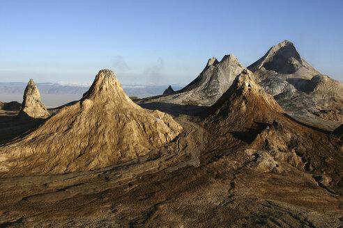 Tanzania, Ol Doinyo Lengai, cone panorama in North Crater - RM00034