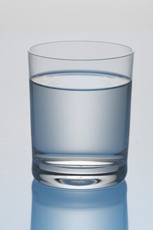 Glass of water - THF00081