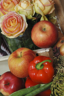 Vegetables apples and roses - 00005LRH-U
