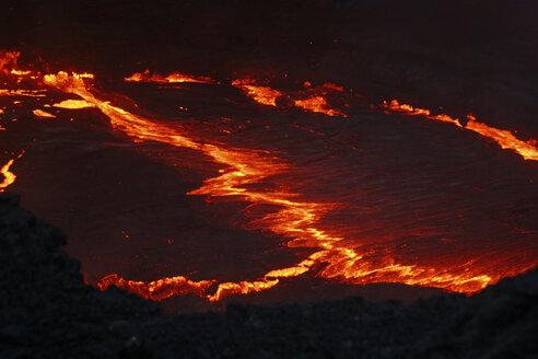 Hawaii, Puu Oo crater, lake of lava - RM00106