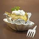 Baked potato with curd cheese in foil, close-up - WESTF00407