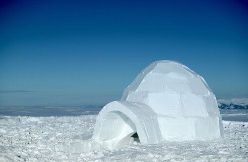 Switzerland, Toggenburg, traditional igloo in mountains - KM00153