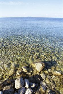 Stones in water - LFF00023