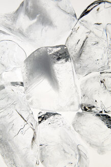 Ice cubes, close-up - THF00284