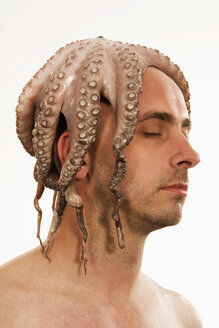 Man with squid on head - LD00184