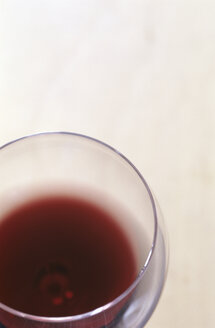 Glass of red wine, detail - COF00015