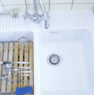 Kitchen sink, elevated view - CO00103