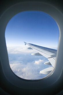 View out of aircraft, aerofoil - UKF00105