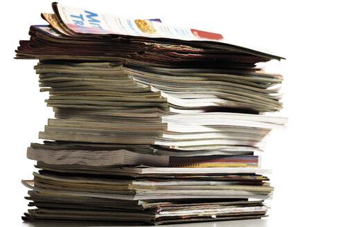 Stack of magazines, close-up - 05807CS-U