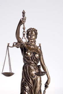 Justitia figur, close-up - NHF00275