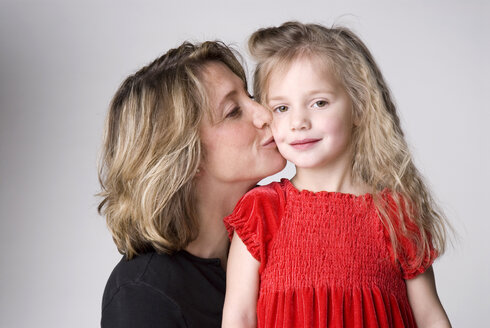 Mother and daughter, portrait - NHF00248