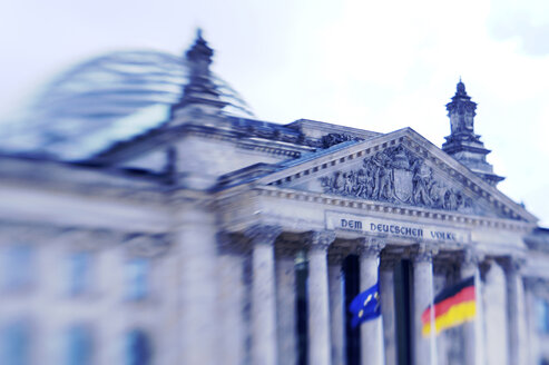 Germany, Berlin, Reichstag building - KM01027