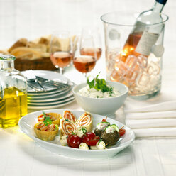 Various starters on plate - CHKF00375