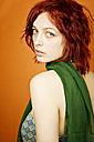 Young woman, portrait - DW00092