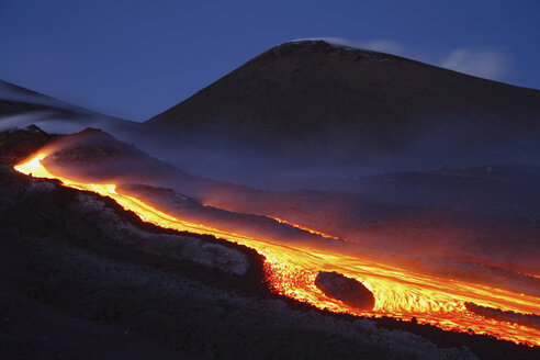 Italy, Sicily, Mt Etna, molten lava flowing from volcano - RM00143