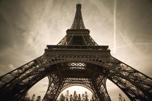 France, Paris, Eiffel Tower - MS02177