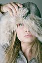 Woman,wearing winter fashion, portrait - MFF00356