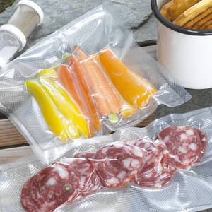 Food, vacuum packed, close-up - CHK00893