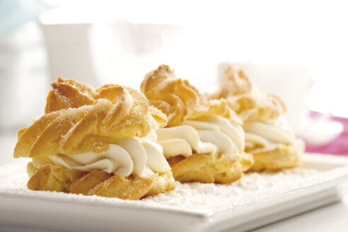 Cream puffs - 08420CS-U