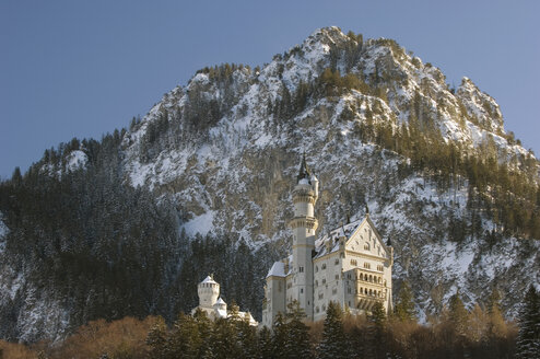 Germany, Bavaria, Neuschwanstein Castle - EKF00938