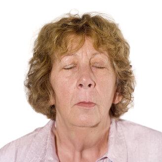 Senior woman, eyes closed, portrait - MU00197