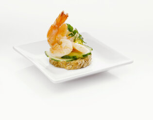 Sandwich with shrimps and cucumber slices - KMF01219