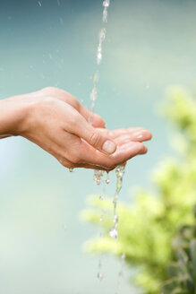 Hands catching water, close-up - ABF00201