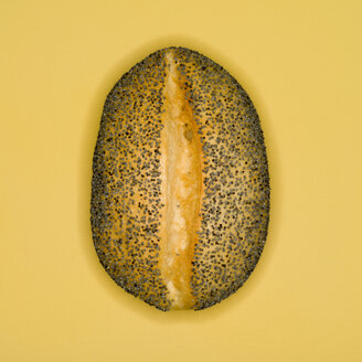 Poppy Seed Roll, elevated view - MUF00406