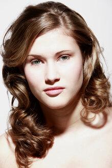 Teenage girl (16-17) portrait - OWF00842
