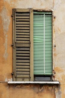 Old shutter - 00432LR-U