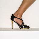 Female legs in high heels, close-up - MUF00600