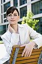 Germany, Baden-Württemberg, Stuttgart, Businesswoman taking a break - WEST08603
