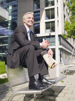 Germany, Baden-Württemberg, Stuttgart, businessman taking a break - WEST08583