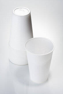 Plastic mugs, close-up - JRF00038