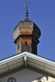 Germany, Bavaria, Bad Toelz, Spire with shingle roof - MBF00827