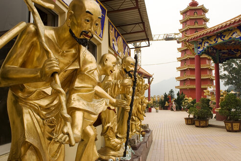 China, Hong Kong, Temple of Ten Thousand Buddhas - GA00087