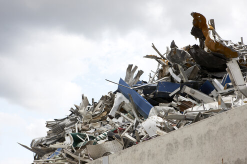 Waste site, Scrap metal, low angle view - KSWF00182