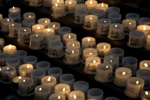 Burning Candles - AWDF00118