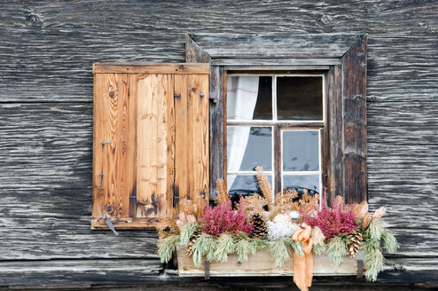 Switzerland, Arosa, Window and flower box - AWDF00100