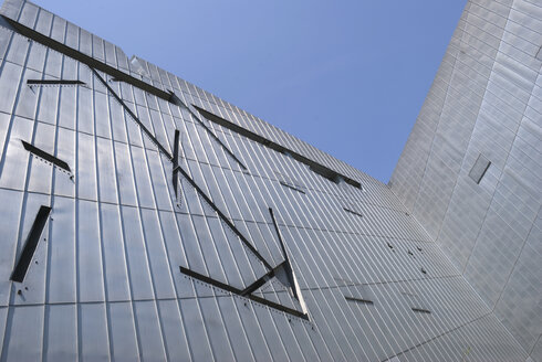 Germany, Berlin, Jewish Museum, Glass facade, low angle view - PM00711
