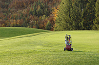 Golfbag on golf course - CRF01523