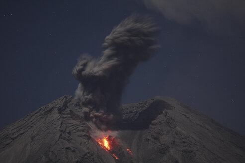 Indonesia, East Java, Semeru volcano, Ash eruption - RM00330