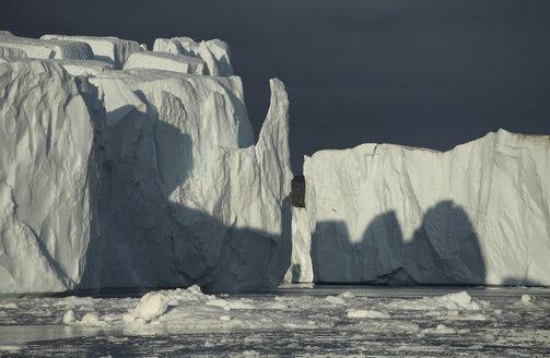 Greenland, Ilulissat, Icebergs - RM00265