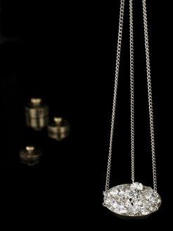 Diamonds on carat scale - AKF00038