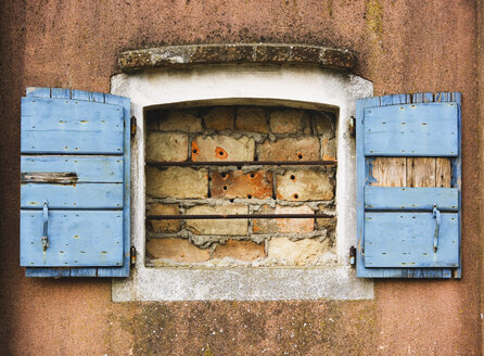 Facade, Window with shutters, bricked, close up - WWF00447