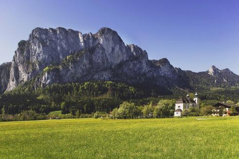 Austria, Salzkammergut, St Lorenz, Drachenwand rock face - WWF00657