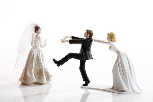 Escaping bride groom figurine - 10594CS-U