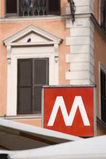 Italy, Rome, Ottaviano Station, Metro sign, close up - PSF00098